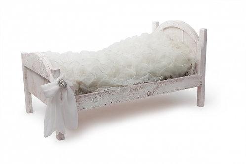 Maggie Pup Bed & Bedding