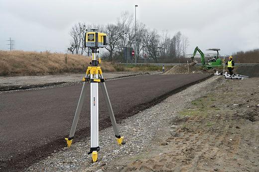 GeoMax Zone laser rotators_150 dpi_10.jp