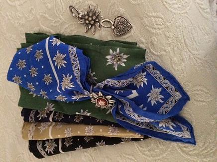 T1 - L - scarves.png