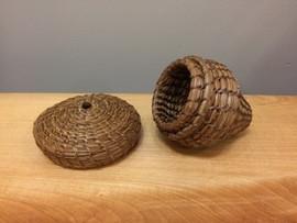 Alona (oak tree) Pine Needle Basket