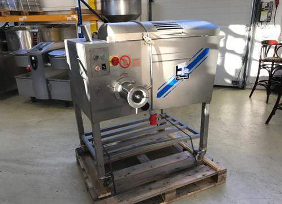 2002 Meat Grinder Thompson 900 EC