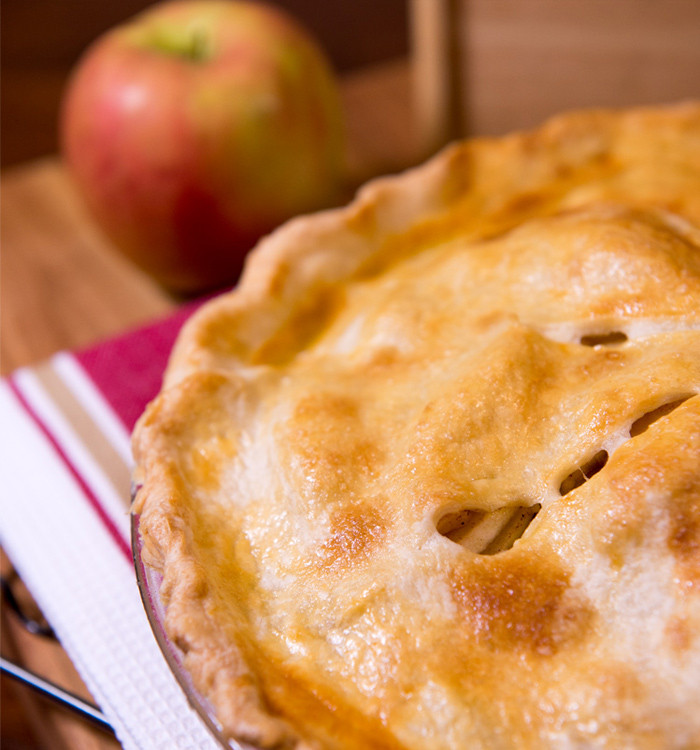 Gluten free pie crust: flaky, tender and simple to make. www.healthnutnation.com