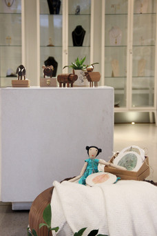 Astory with wooden animals and puppet