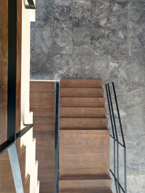 Reception staircase form and texture