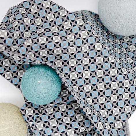 Bubbly Blue on Gray