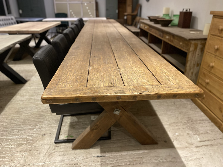 582 x 92 cm 200 Year Old Pine Table