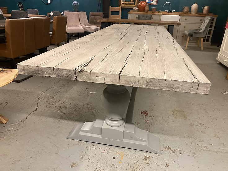 300 x 100 cm silver fox table with pear bulb base