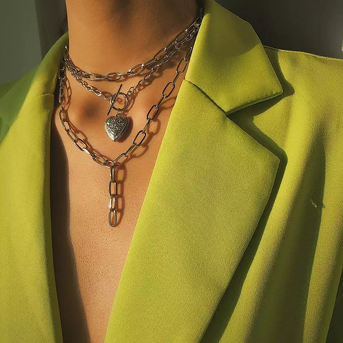 Layered women's necklace