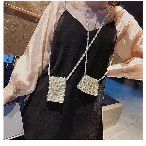 Pearl hand bag