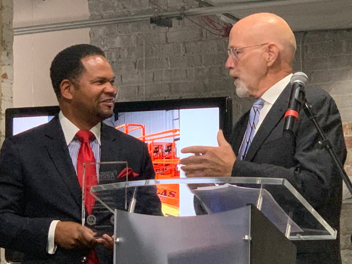 Mayor Irvin Receives National Award For Advocacy for Small Businesses