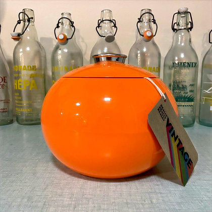 Orange icebucket