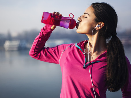 Can how much water you drink impact your depression? Here are 10 signs of dehydration.