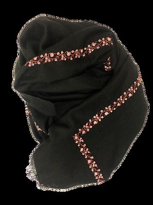 Minimal Embroidery U Shape – Black