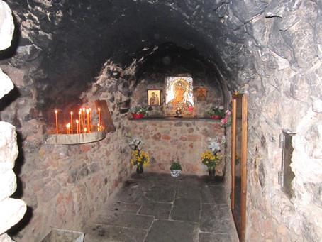 Heliga Philothei leder klostrets byggprojekt!