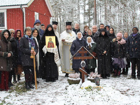 Heliga Philothei Ortodoxa klosters festdag - en välbehövliganhalt på den Stora fastans pilgrimsfärd