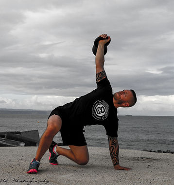 Turkish get up with kettlebell