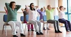 yoga sur chaise.jpg