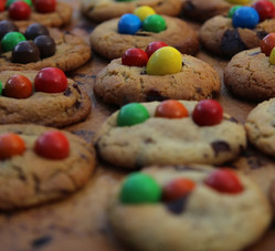 Colourful Cookies, Traffic light style, Golden brown