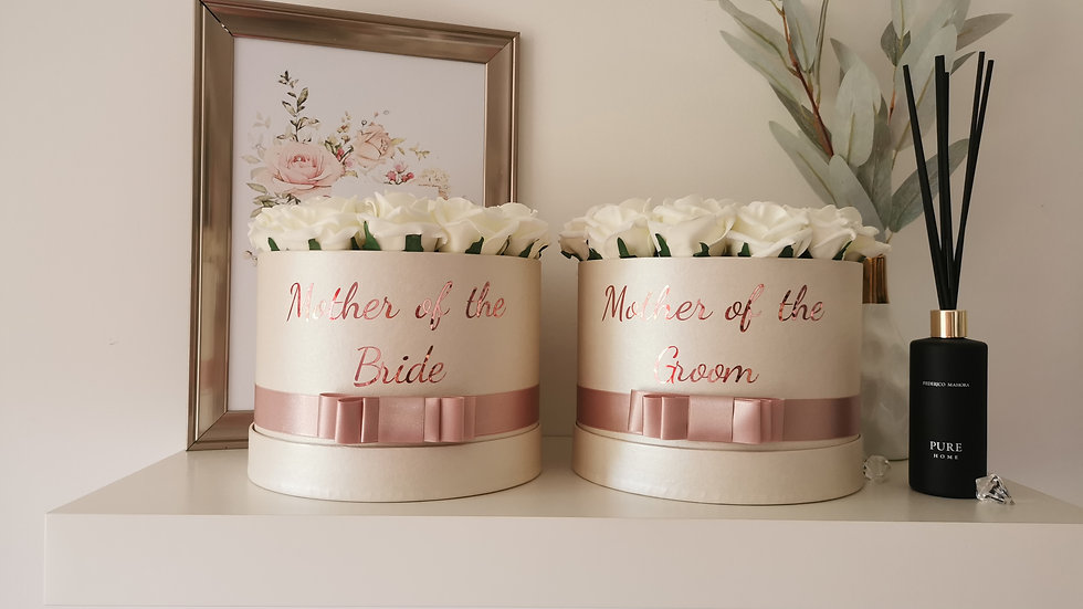 Mother of the bride & mother of the groom Diamante Rose Hat Boxes
