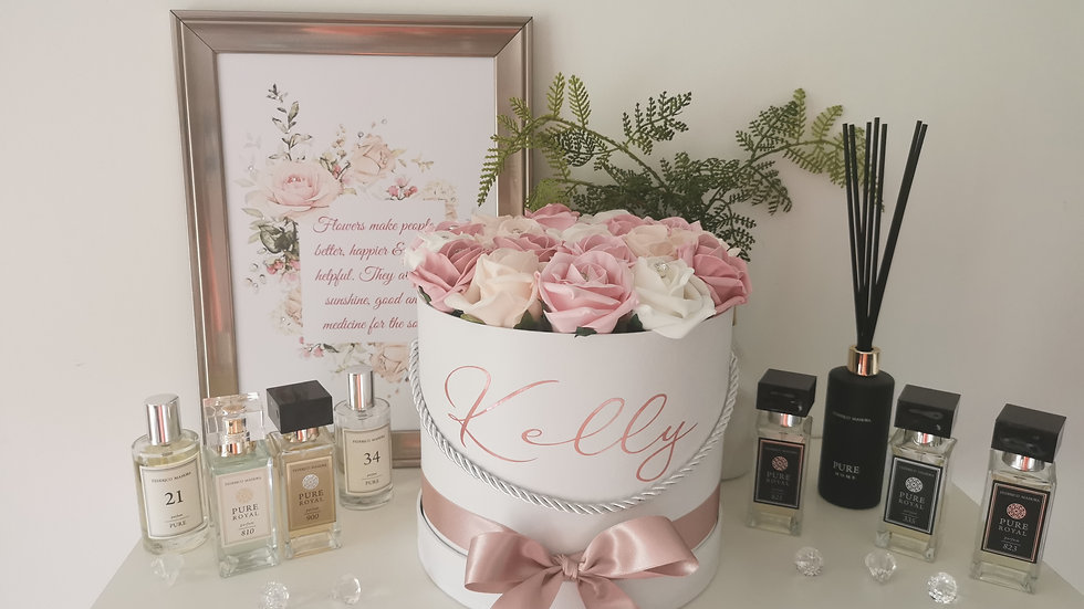 Diamante Rose Hat Box, hatboxes, flowers in a box, box of flowers, rhinestones,