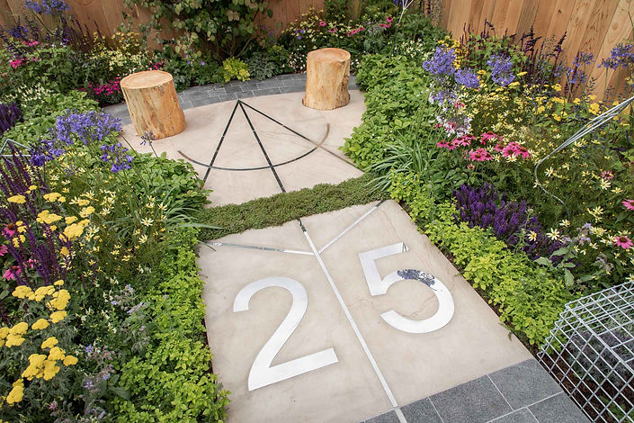 kite-garden-rhs-tatton-base-squared-3105