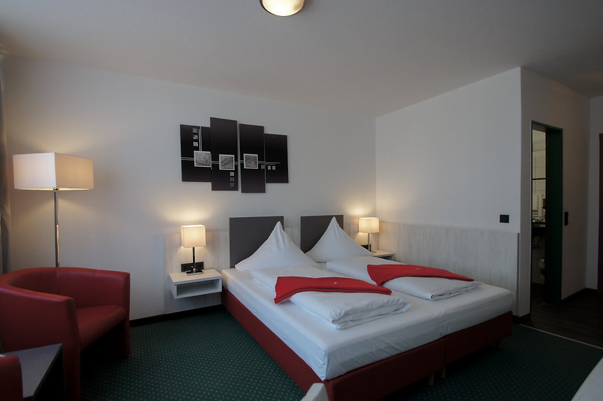 118 Komfort Doppelzimmer (3).JPG