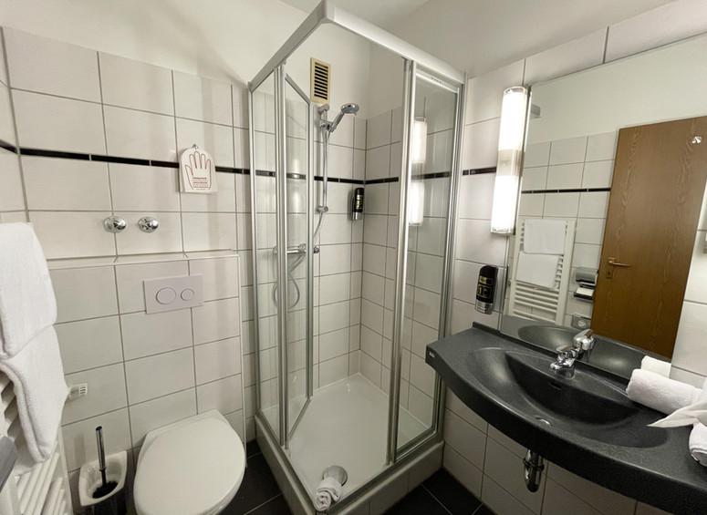 Klassik Badezimmer.JPG