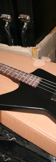 Gaskell X Bass - left handed Explorer bass