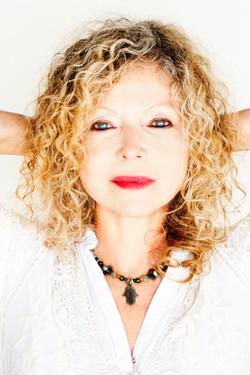 Lenka Lichtenberg - Featured Artist