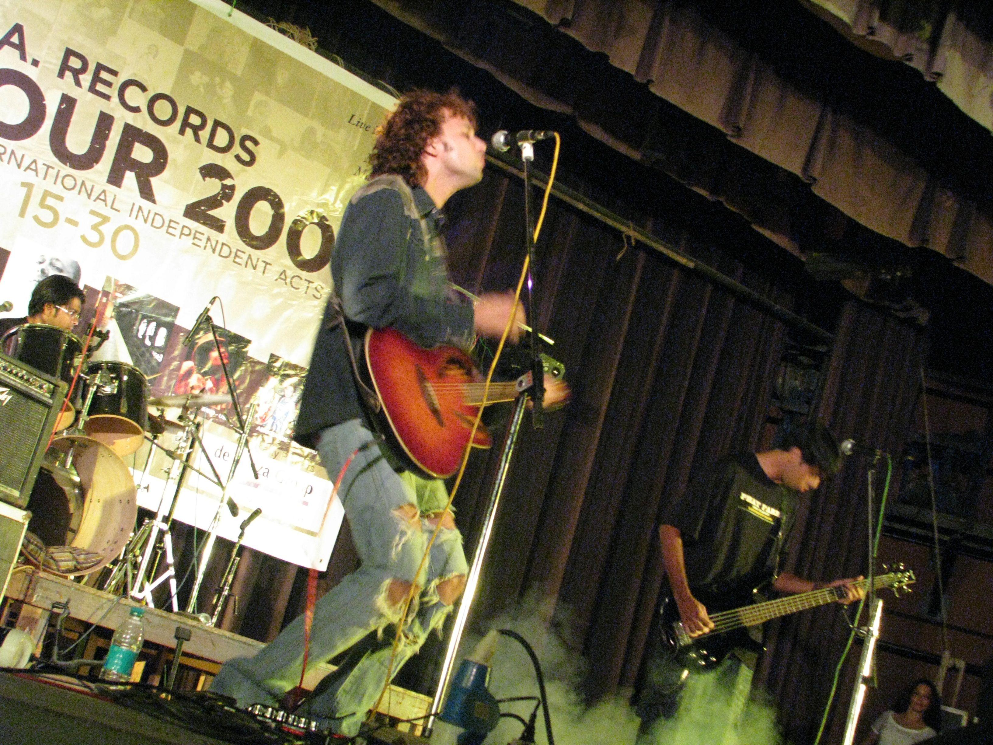 Oliver+Sean+Band.jpg