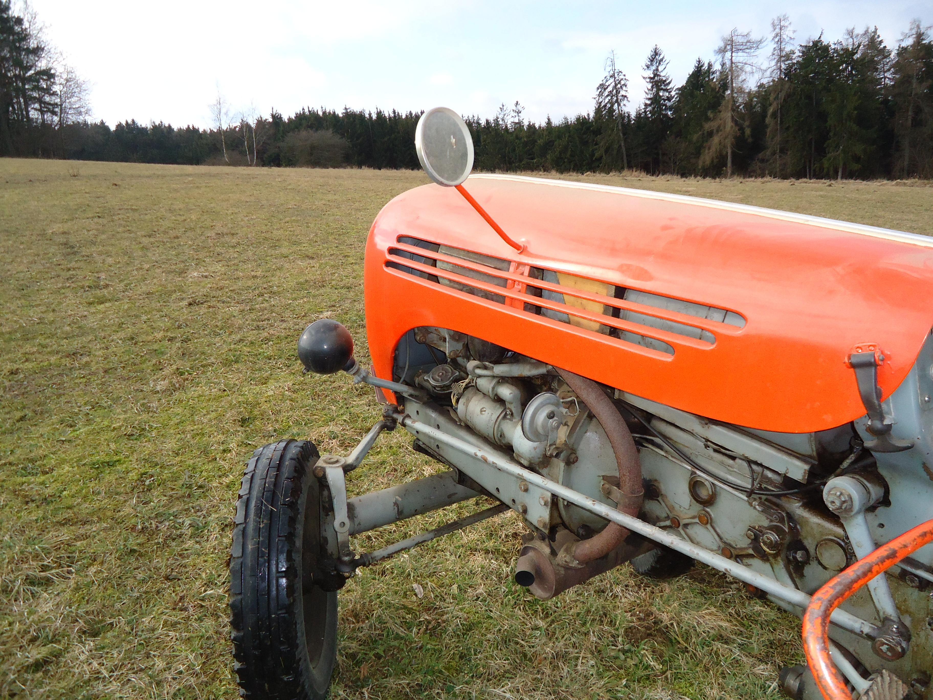 Traktor-Schmankerl-Fahrt