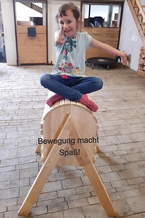 Holz-Tonnenpferd