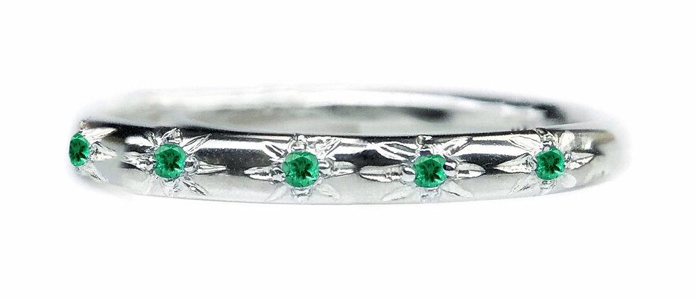 Emerald Star Set Ring