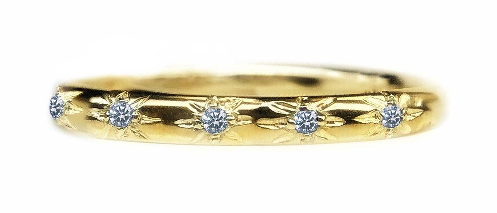 Diamond Star Set 18ct Gold Ring