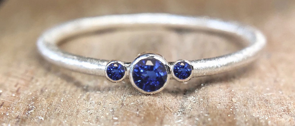 Trinity Sapphire Textured Stacking Ring