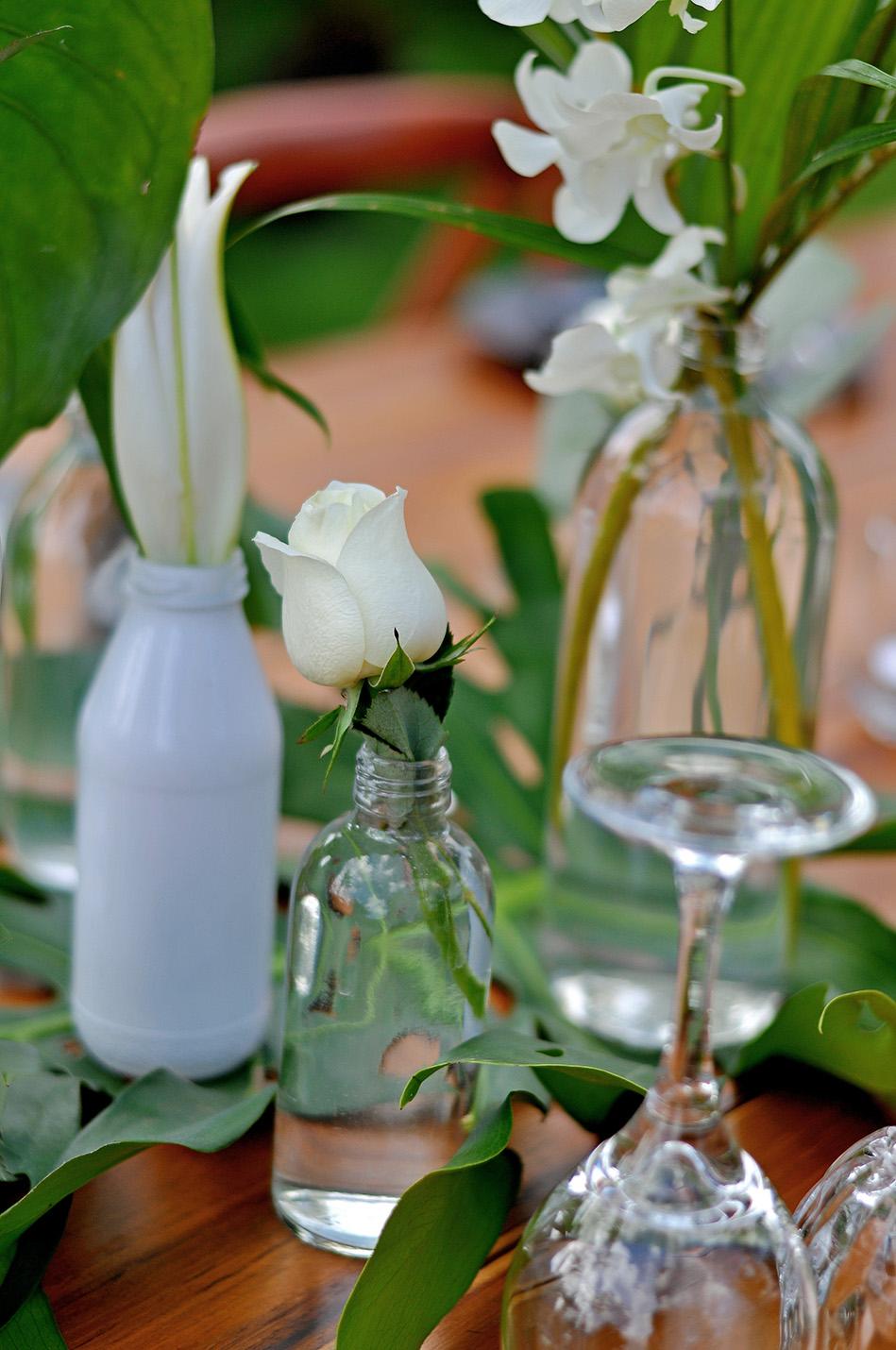minimal tropical wedding in Bali