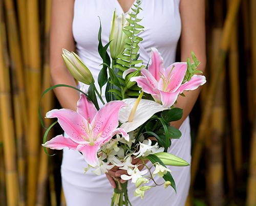 Bridesmaid`s Bouquet - TC 21