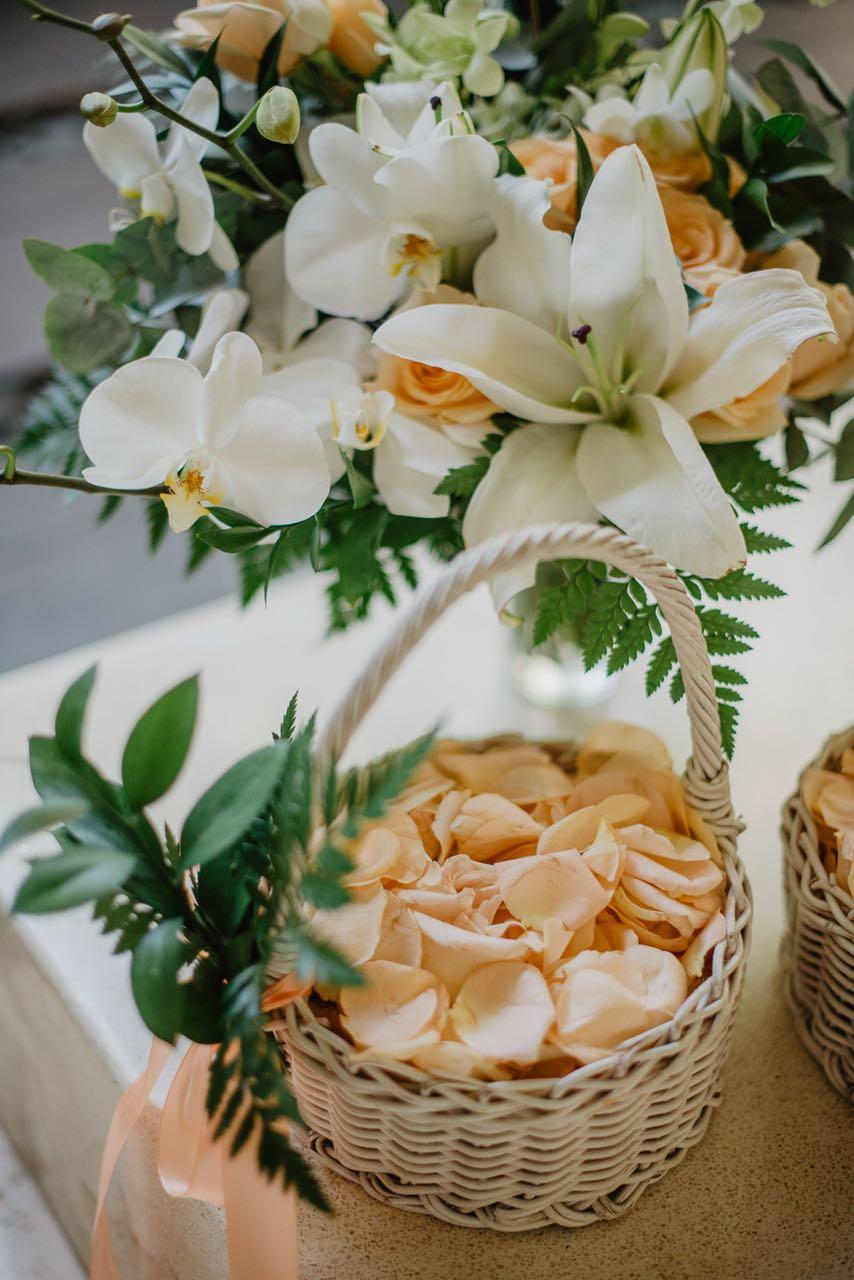 peach wedding in Bali