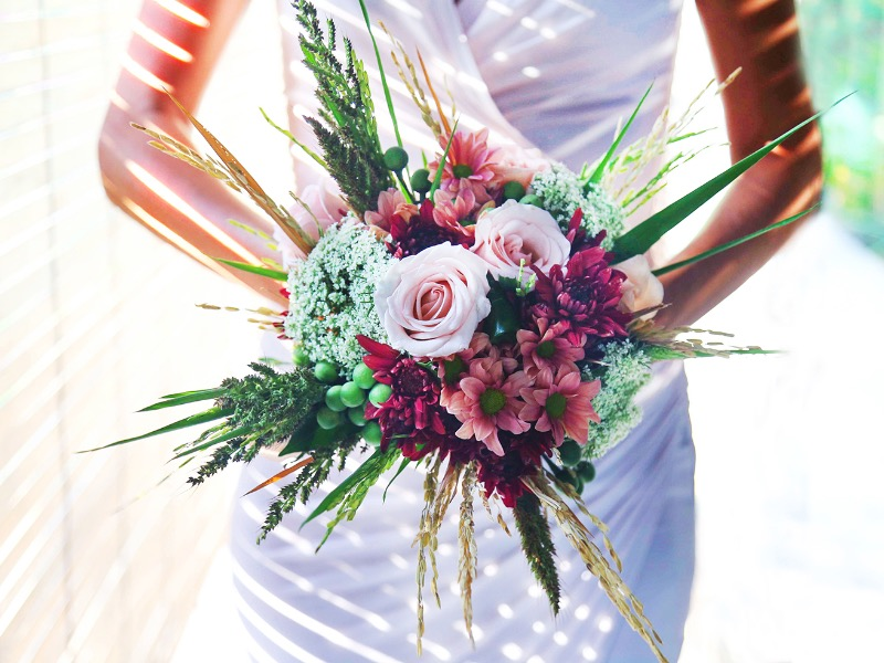romantic bridesmaid flower bali