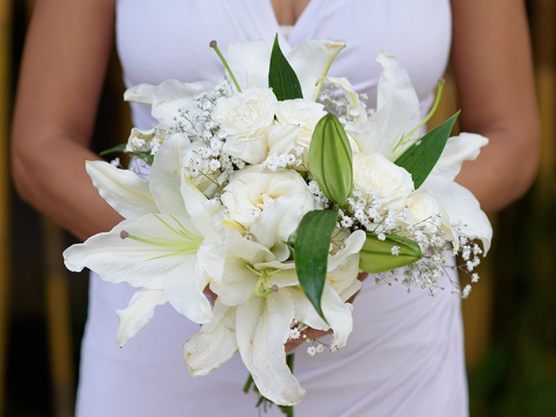 white wedding bouquet bali