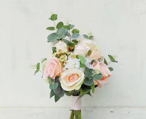 Bridesmaid`s Bouquet - SP 22