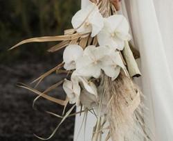 Bridesmaid's Bouquet - DR 21