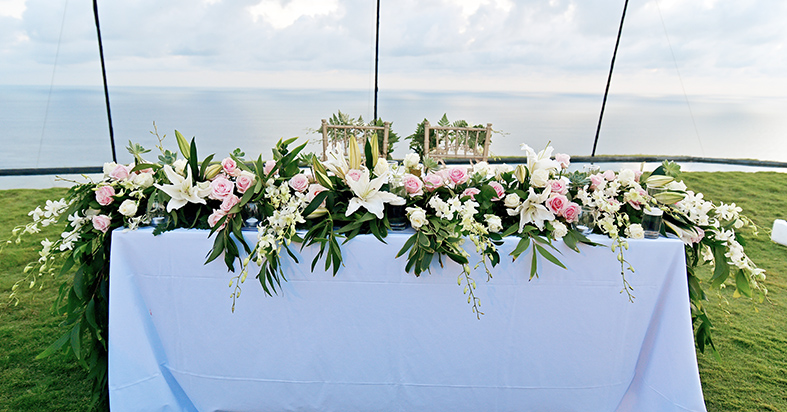 bridal table decor