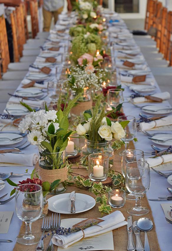 rustic style wedding table decor