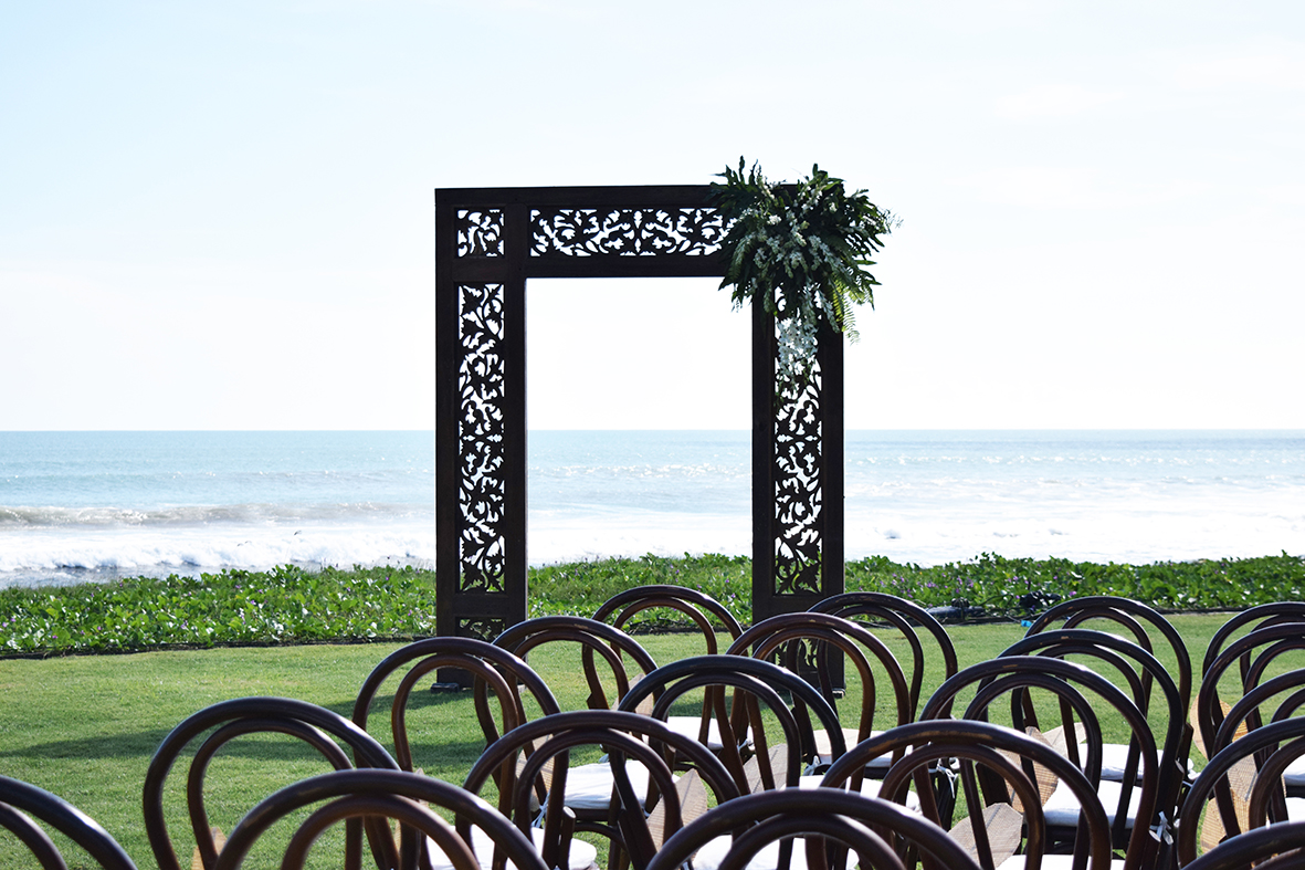 Balinese wedding arch