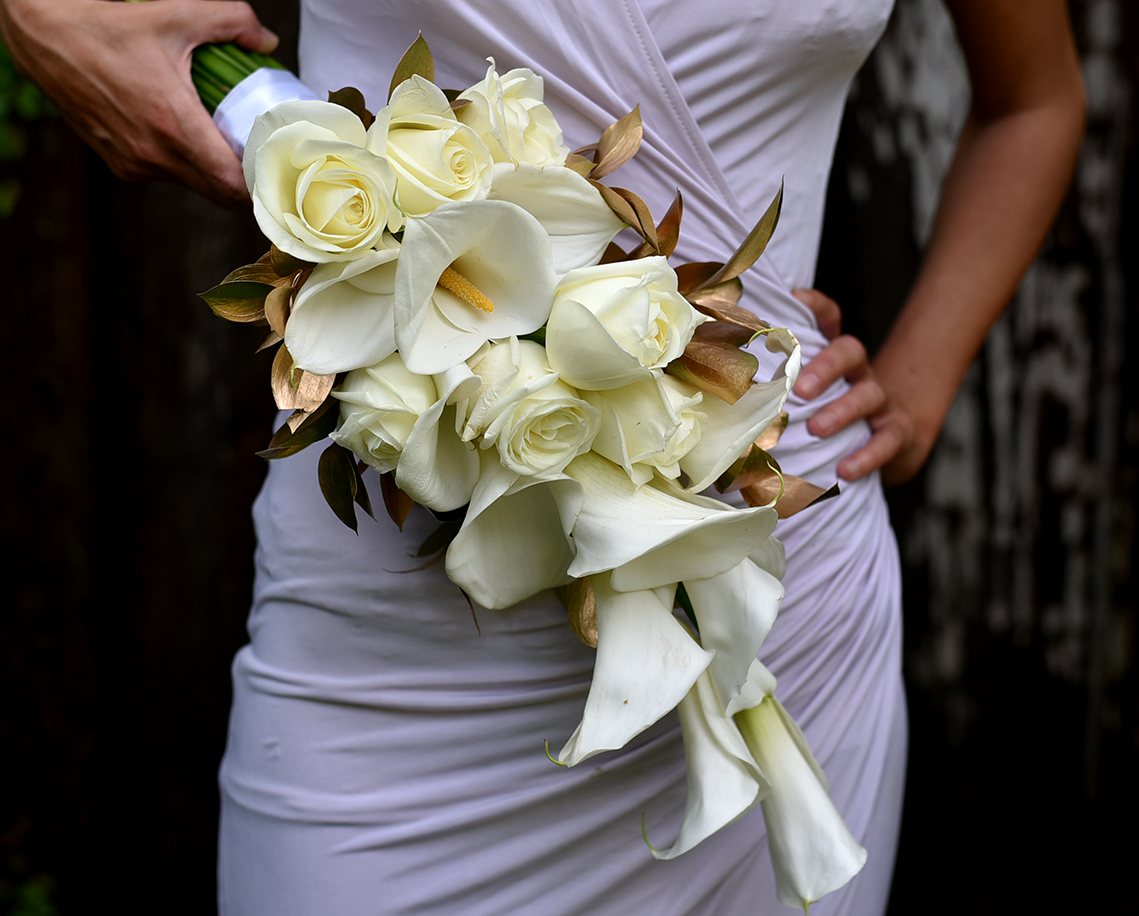 'Gold Touch' bridesmaid's bouquet