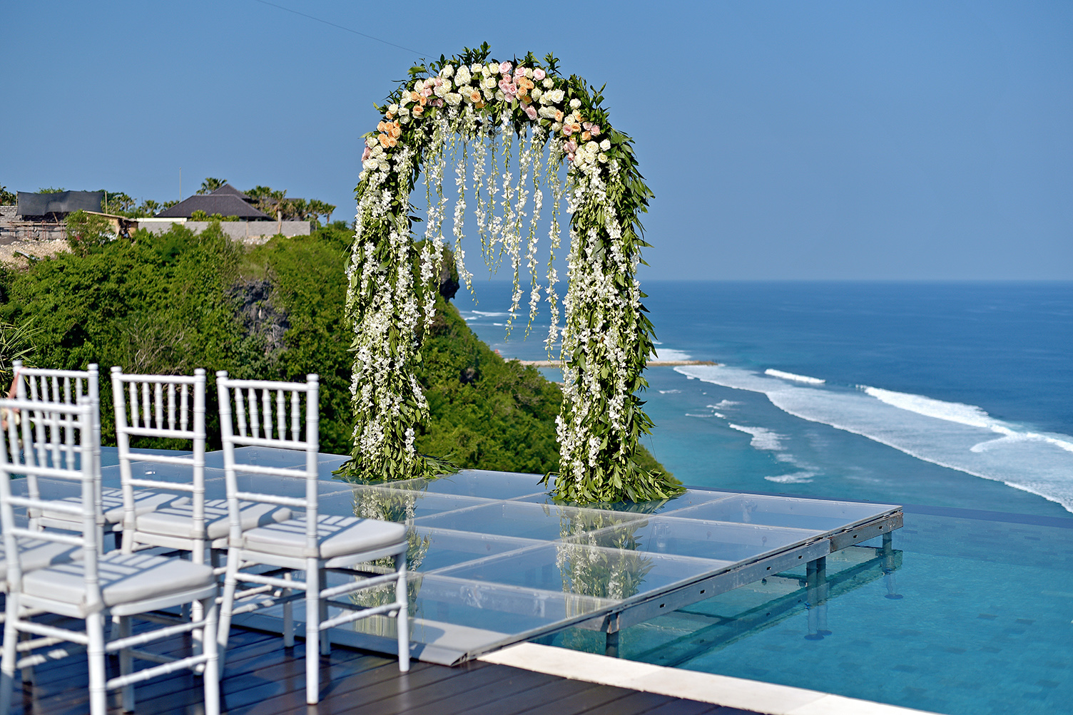 wedding arch cliff front bali