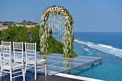 wedding arch cliff front bali