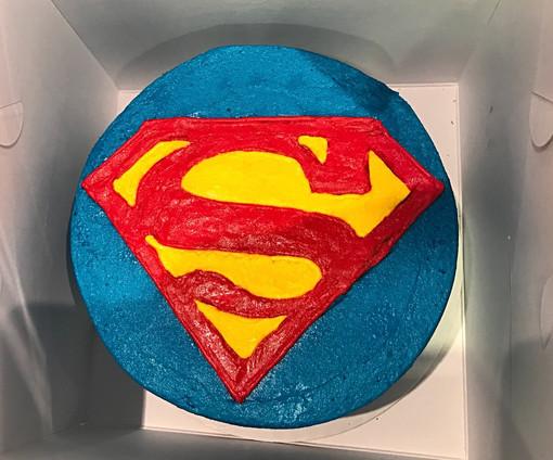 Superman Cake - 15