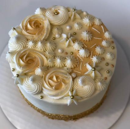 Fancy speciality cake - 24